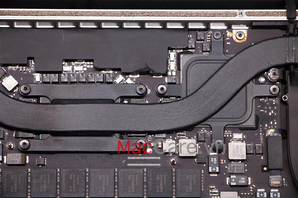 mở ốc vít 6 cạnh trên macbook