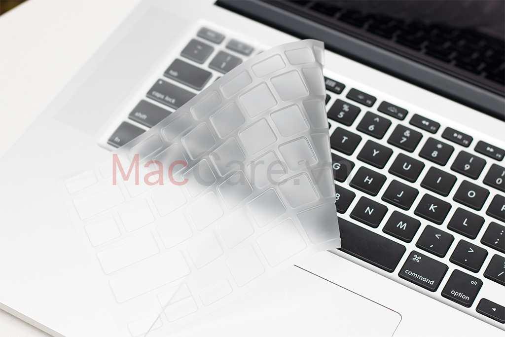 miếng phủ bàn phím macbook