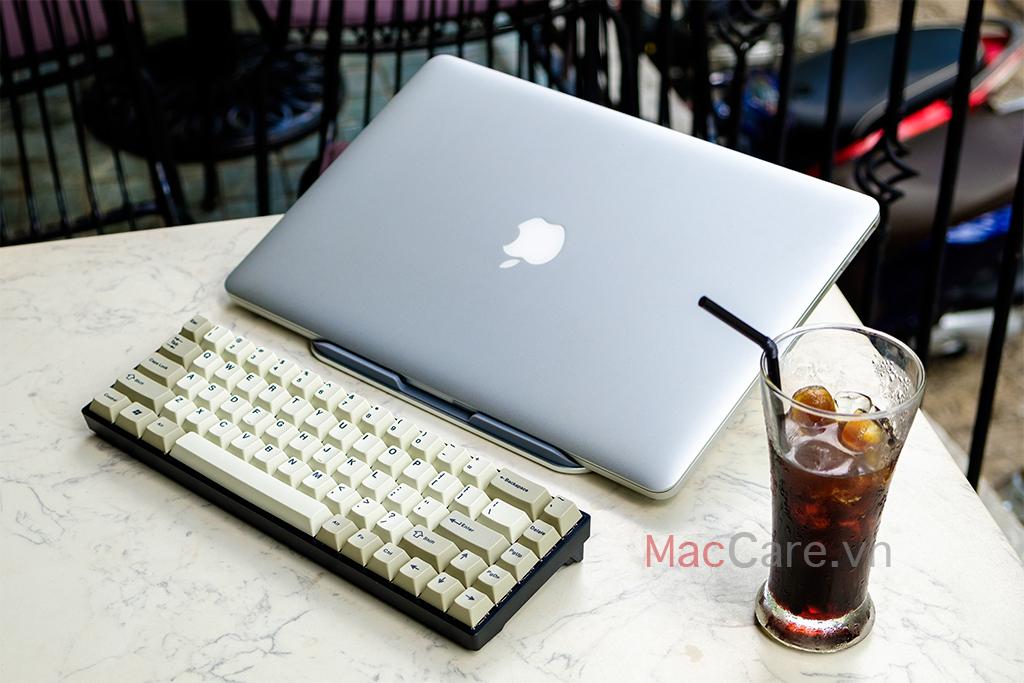 đế kế tản nhiệt cho macbook