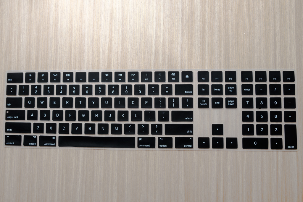 phủ bàn phím magic keyboard with numeric