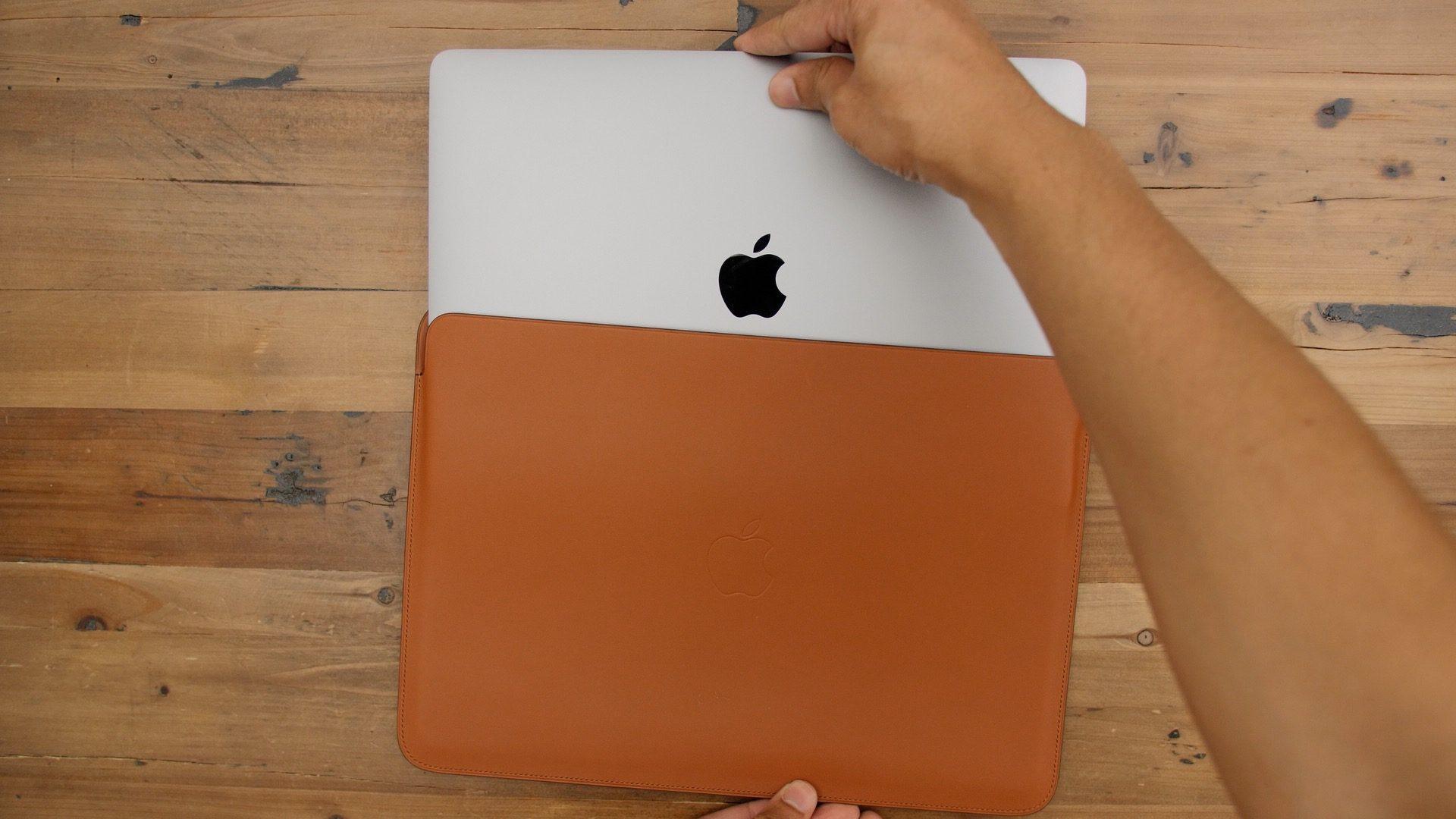 Túi chống sốc Macbook Pro bằng da của Apple có đáng mua