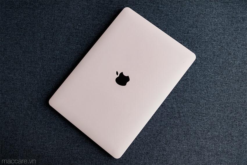 ốp macbook màu hồng pastel