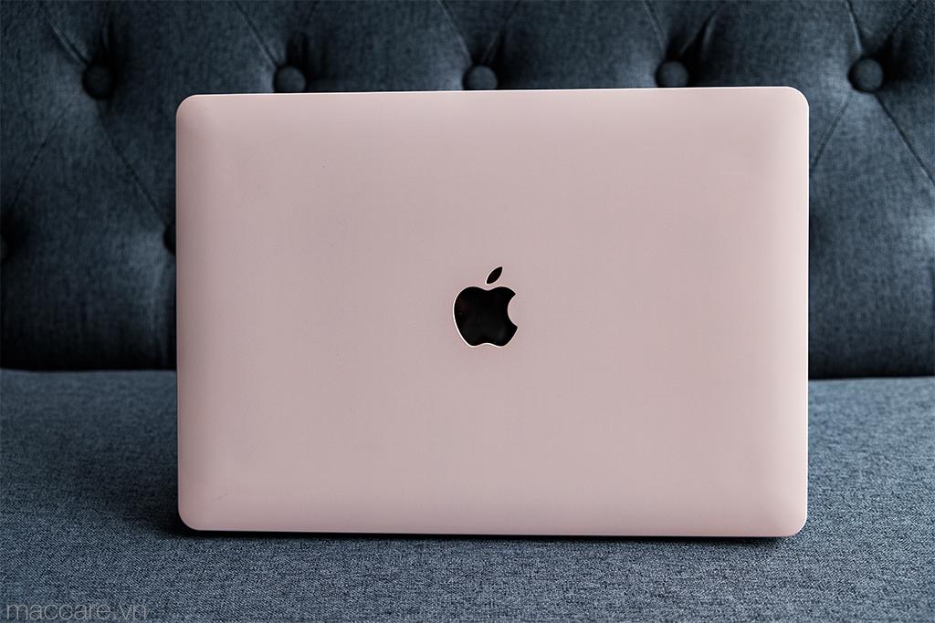 ốp macbook màu hồng nhạt