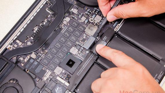 Apple thay thế pin Macbook Pro 15inch 2015 miễn phí cho người dùng
