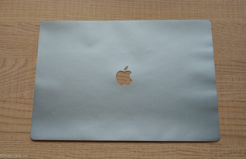 dán macbook pro 16inch