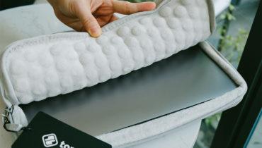 Chọn túi chống sốc Macbook Pro 16inch những điều cần lưu ý