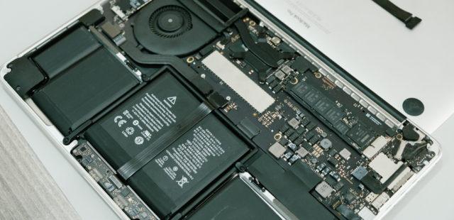 Lỗi bàn phím Macbook Pro 13inch bị đơ, trackpad không hoạt động