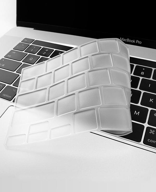 phu phim macbook pro 2020 maccare